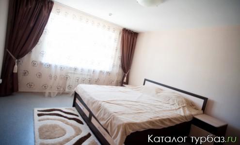 Большая спальня в VIP-ДОМе