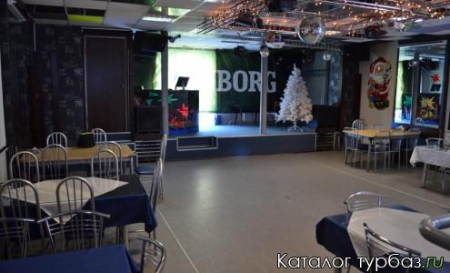 Кафе, танцевальный зал