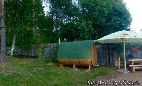 База отдыха Ёлочки holiday, баня-бочка на берегу озера
