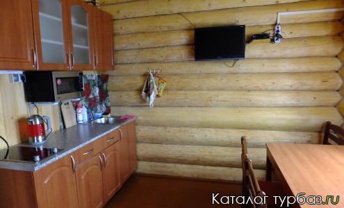 Кухня в коттедже