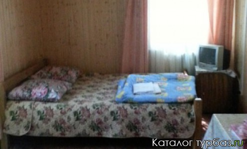 домик двухэтажный на 4 комнаты с расчетом на 8 человек