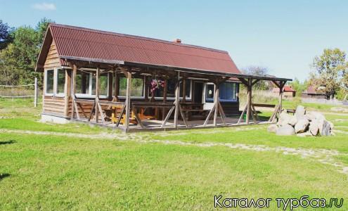Летня кухня на территории Котеджа Струсто