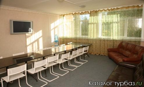 Маленькая комната для конференций (всего таких 6)