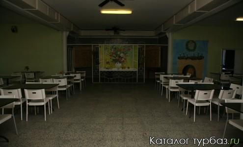 Большой зал столовой