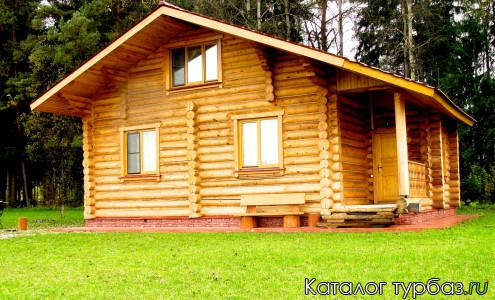 Красный кедровый дом