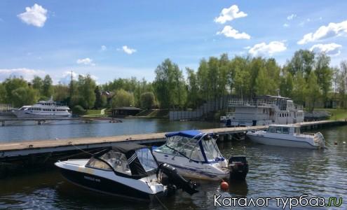 База отдыха и яхт-клуб «Пеликан»
