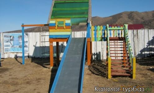 Детская площадка на Гостевом дворе Солнечный