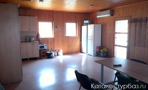 Зал (совмещенный с кухней)