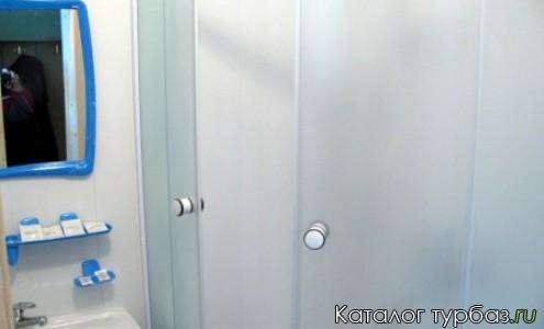 Ванная комната в гостинице 2**