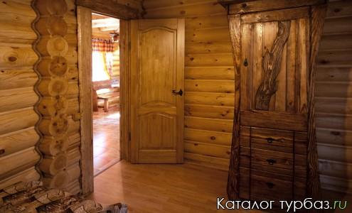 Мебель ручной работы из ценных пород дерева.