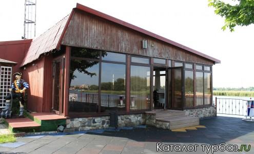 Центр отдыха речной клуб «Пирс»