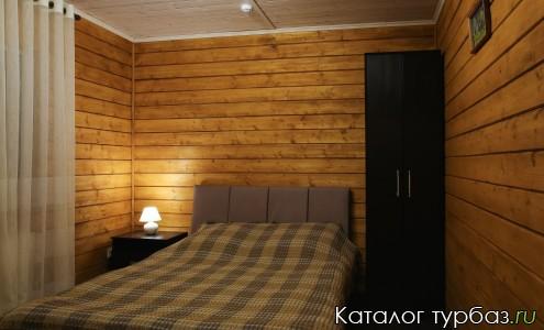 Коттедж спальня 1