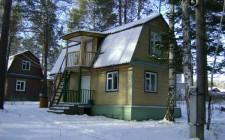 Дом номер 4 в зимнее время года