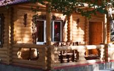 Срубовые дома выполнены в лучших старинных традициях